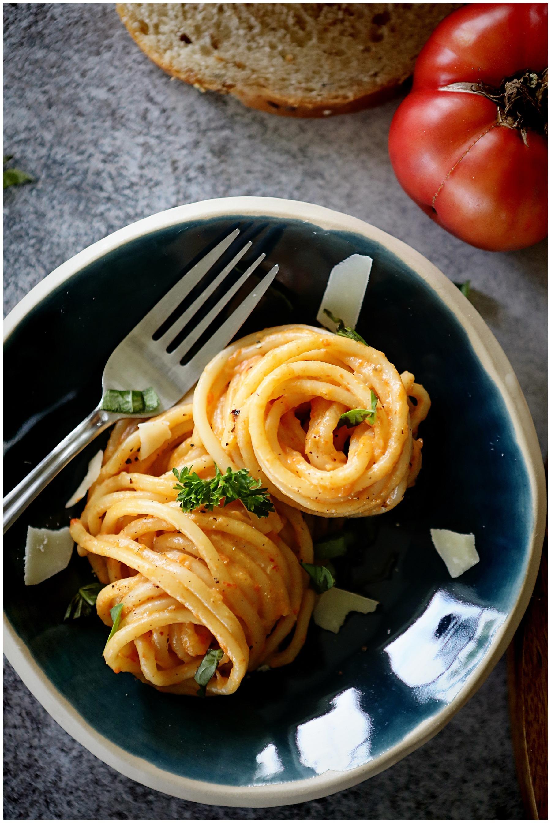 Roasted Red Pepper Tomato Homemade Pasta Sauce